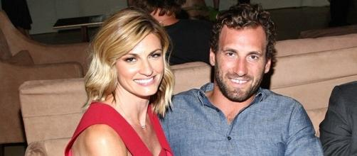 Erin Andrews and Boyfriend Jarret Stoll Make First Public ... - contentreloaded.com