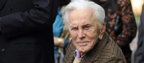 Kirk Douglas at 100, attributes longevity to 'wonderful marriage ... - scmp.com