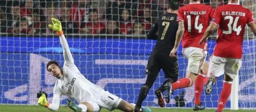 Nápoles fez o primeiro golo através de Callejón