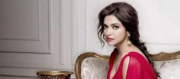 Deepika Padukone is sexiest Asian woman photo SOURCED from blasting news librERYt