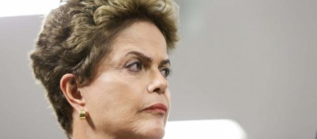 Dilma critica composição do governo Temer