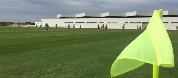 Fluminense treina e praticamente define equipe para jogo contra o Inter no domingo (Foto: Twitter Info Flu)