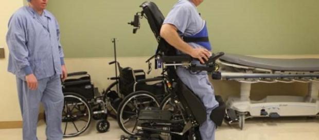 Il chirurgo paralizzato dopo una grave malattia.
