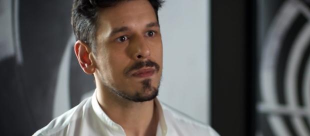 João Vicente é Lázaro em Rock Story