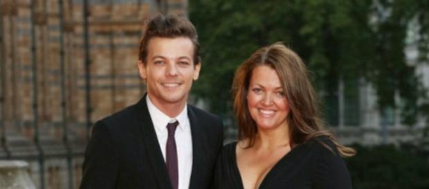 Johannah Deakin, mãe de Louis Tomlinson, morreu de câncer aos 43 anos