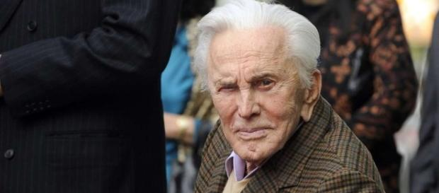 Kirk Douglas at 100, attributes longevity to 'wonderful marriage ... - scmp.com
