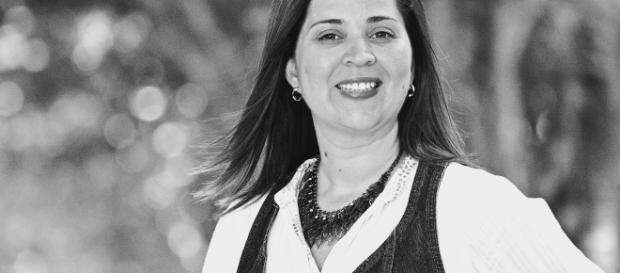 Monica Motta lança mais um livro como coautora