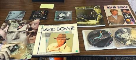 Bowie's popularity reflected in album charts