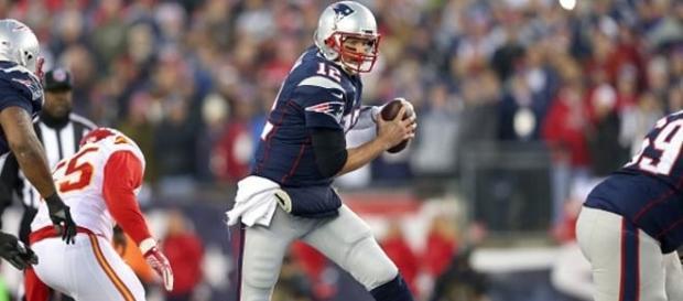 Broncos y Panthers pelearán por la Super Bowl