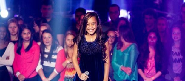 Nicole Luz no The Voice Brasil Kids