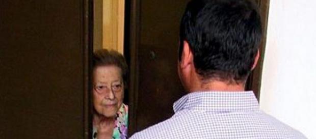 O badantă româncă a descoperit o escrocherie