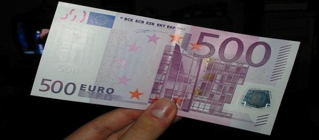 Românii din străinătate vor primi 500 de Euro