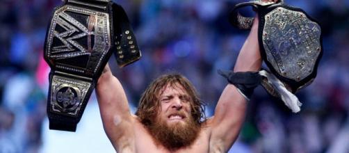 Daniel Bryan se retira de la WWE
