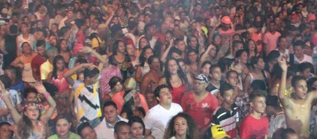 Carnaval de Caetanópolis no ano de 2015.
