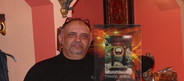 """Iancu Samson, scriitorul """"diamant"""" din Franţa"""