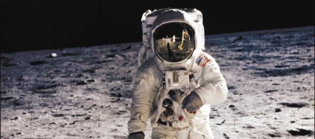O Homem na Lua em 1969 terá sido uma farsa?