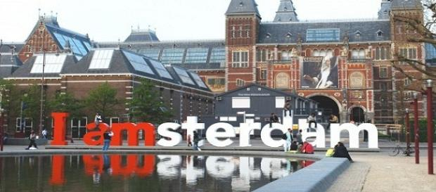 Trabalho em Amsterdam e outras regiões