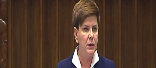 Beata Szydło tuż przed głosowaniem