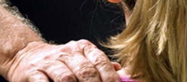 Giro di pedofilia sul web in Lombardia