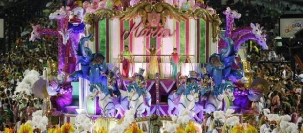 Mangueira venceu carnaval (Alexandre Cassiano)