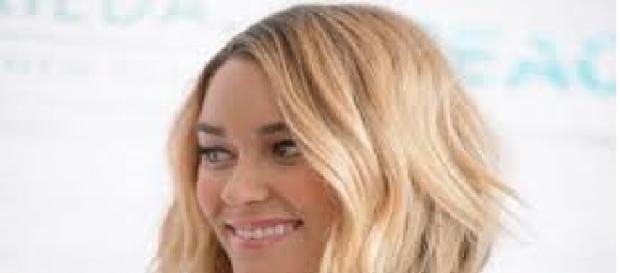 Taglio di capelli scalato donna