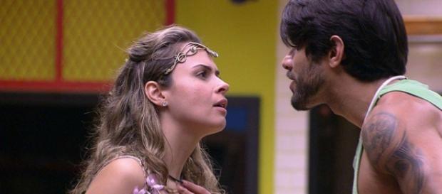 Briga entre Ana e Renan esquentou a noite