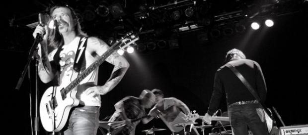 Eagles of Death Metal vuelve a París