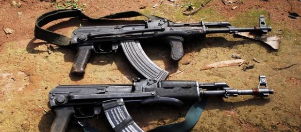 Rifles AK47 empleados en la guerra de Siria