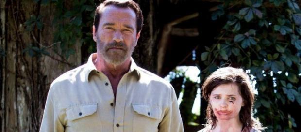 Schwarzenegger y su hijita zombi
