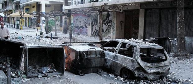 Barricata durante i violenti scontri del 2008