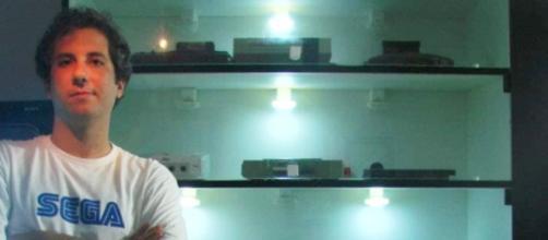 Eric Fraga, é o criador do canal Cosmic Effect
