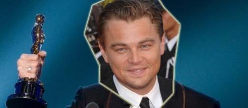 Uno de los memes de DiCaprio con el Oscar