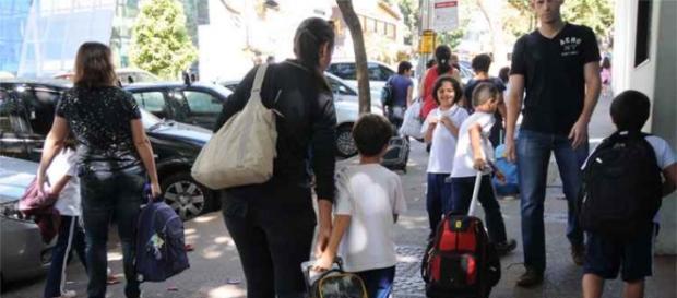 Renda familiar castigada com educação dos filhos