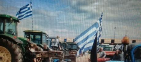 La rivolta dei coltivatori in Grecia