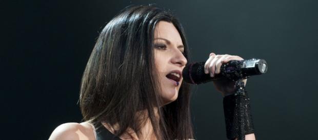 Laura Pausini smentisce cachet Sanremo 2016