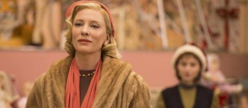 Cate Blanchett interpreta a Carol Aird