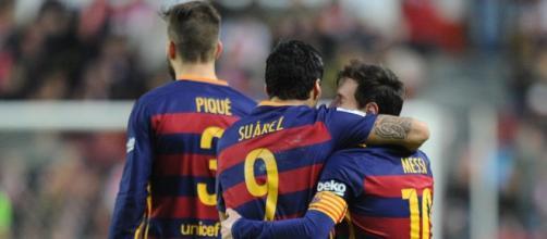 Leo, Suárez y Piqué, máximas figuras en El Molinón
