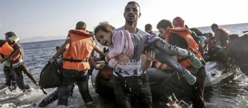 O documento detalha o fluxos de refugiados