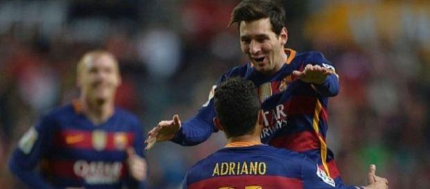 Messi llevó de la mano al Barcelona a la punta