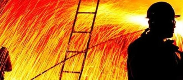 A Usiminas sofre com a crise na siderurgua