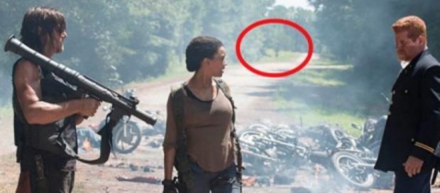 L'auto sullo sfondo è quella di Negan?