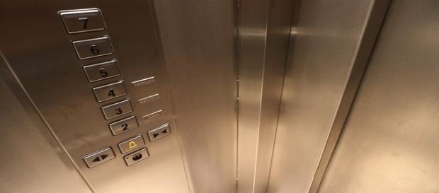 Tassa ascensori per la sicurezza.