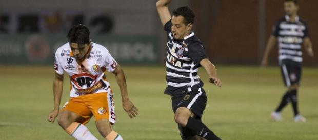 """Timão"" vence Cobreloa no Chile."