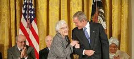 To Kill a Mockingbird author dies at 89