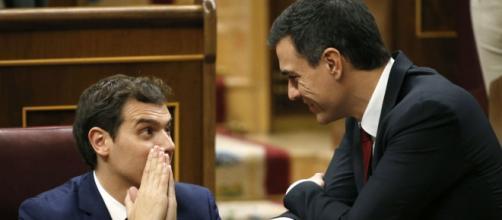 Albert Rivera y Pedro Sánchez en el Congreso (EFE)