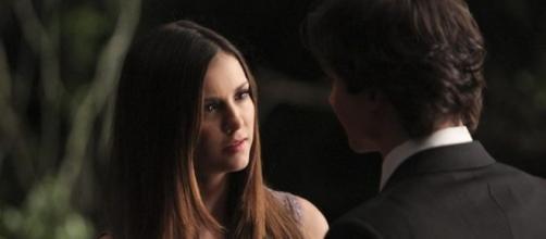 The Vampire Diaries, Elena e Damon