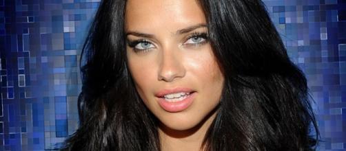 Adriana Lima é modelo e fará estreia como atriz