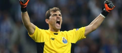 La familia de Iker Casillas vuelve a la carga