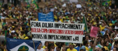 Manifestações contra o governo de Dilma Rousseff.
