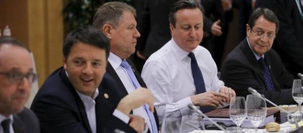 K. Iohannis lângă D. Cameron la summit-ul UE